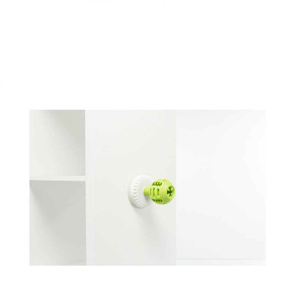 Lick-n-Snack Ball -